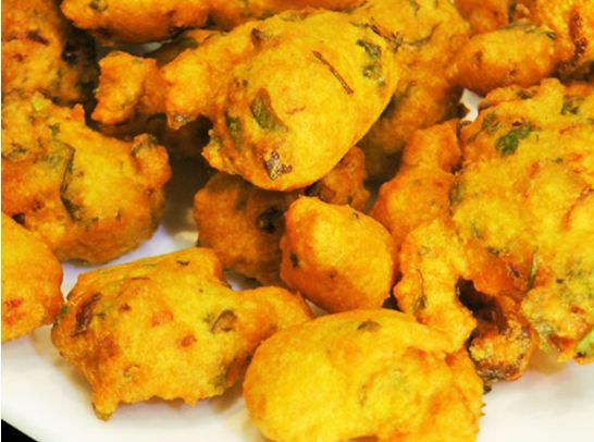 """Where to head in Delhi for """"Pakode"""" in this Monsoon?"""